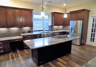 From start to finish, our kitchen remodeling team can help design, create, and remodel your whole kitchen. Let us help you transform your outdated kitchen into the kitchen of your dreams! We use high quality kitchen surface materials like as granite, marble, and quartz countertops and do amazing work with cabinet installation, flooring, and tile work to meet you needs.